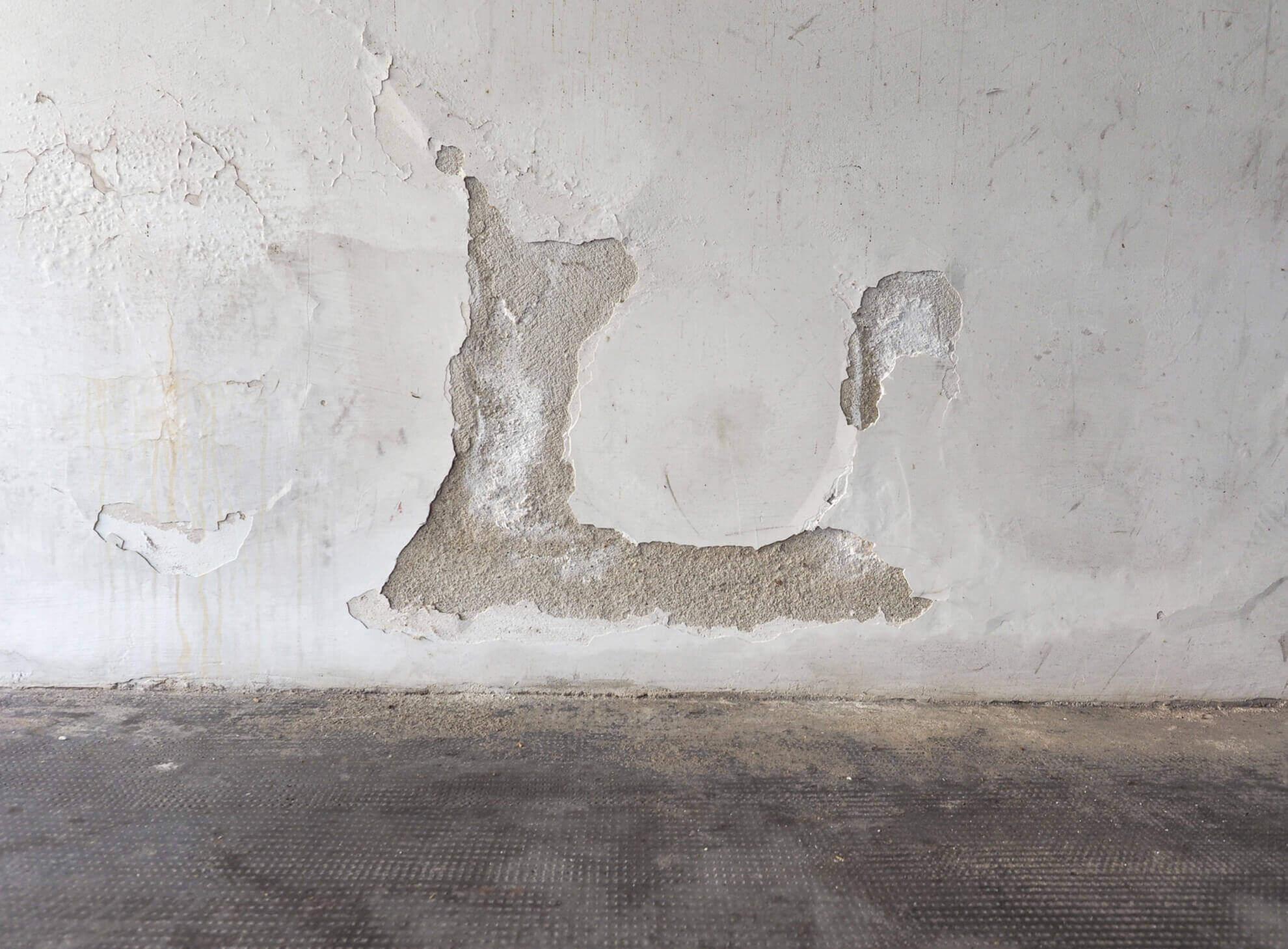 Togliere Intonaco Da Mattoni eliminare umidità dai muri - edil ma.p.uno